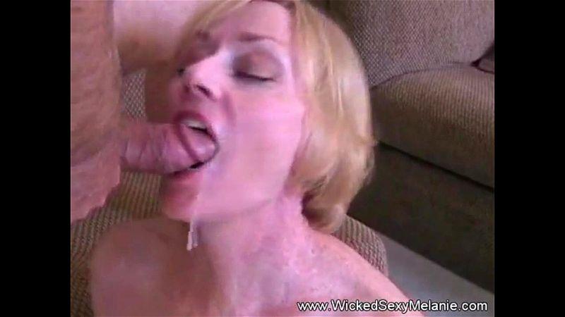 Girlfriend Close Up Blowjob