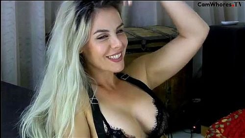 Stunning blonde Surryaxx teases in black lingerie