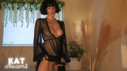 Busty brunette SalaciousKitty teases in sexy lingerie 7/7