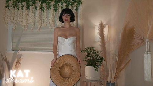 Busty brunette SalaciousKitty vintage webcam show 1/4