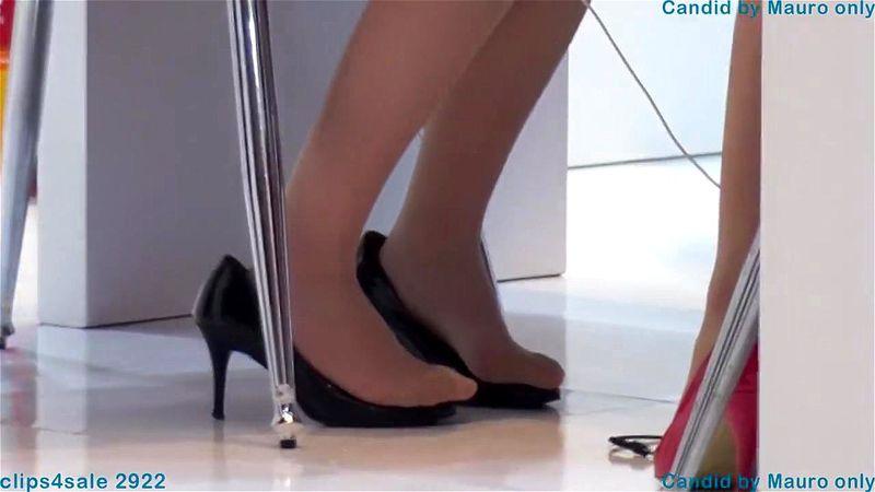 Asian Feet Anal Dildo Solo