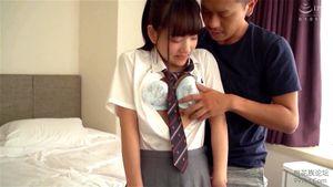 清純ロリ美少女が制服プレイ‼ポニテに制服の青春を思い出すハメ撮り‼