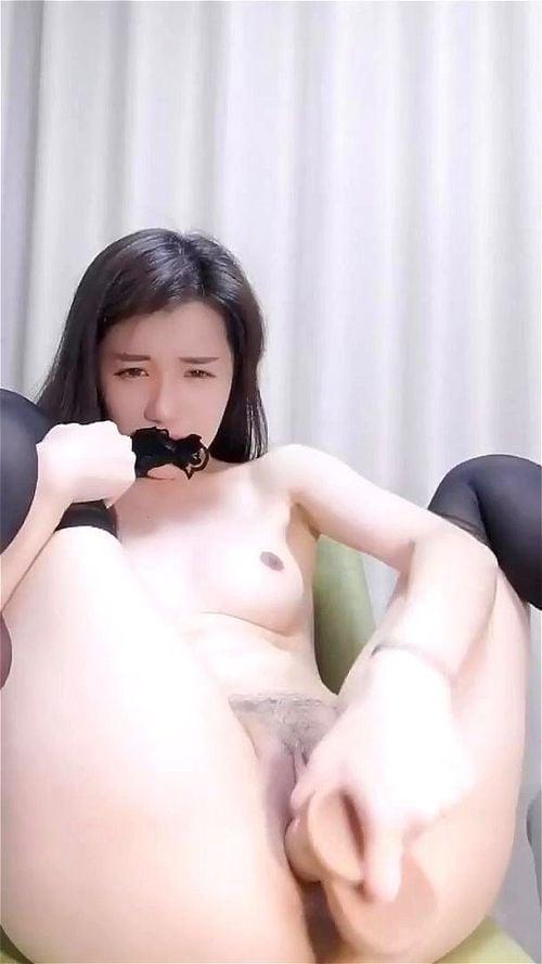 Hottest Cam Girl Masturbating