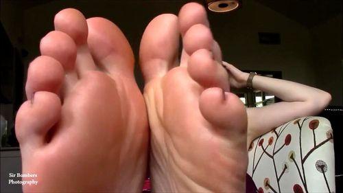 Feet soles porn