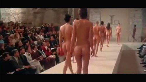 Nude show Free porn