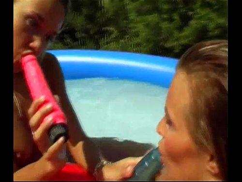 Poolside Girlfriends Sc1
