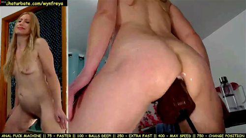 Watch Wynfreya fazendo anal com sex-machine squirt muito ...