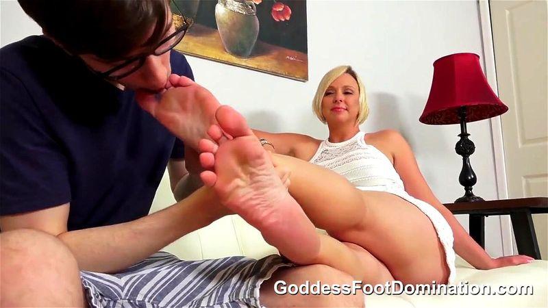 Goddess Brianna Foot Worship