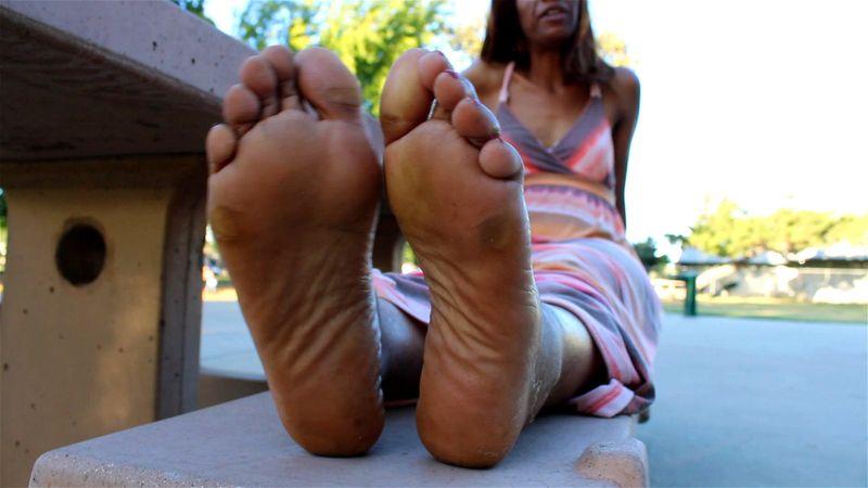 Czech Lesbian Feet Worship