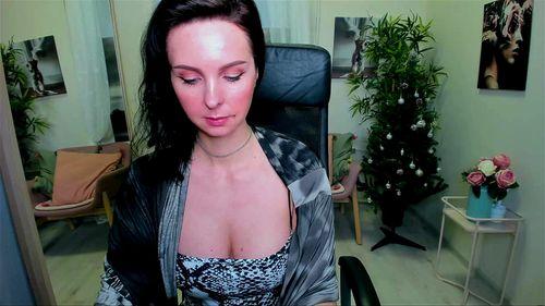 Cute MILF ViolaViolin webcam tease 1/2