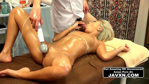 Hot Japanese Blonde Babe Gets A Massage